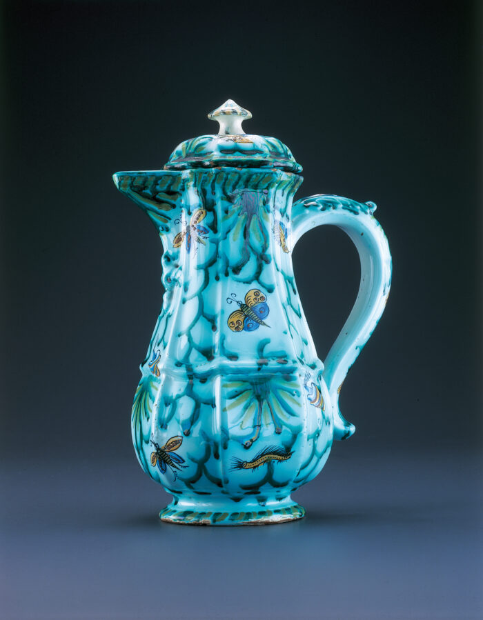 Rue de Laeken Factory, coffee pot, 2nd halve 18th century © Racine_Martens
